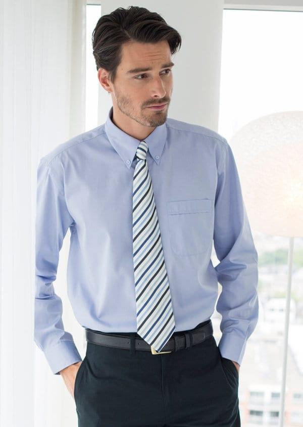 Lightweight Oxford shirt